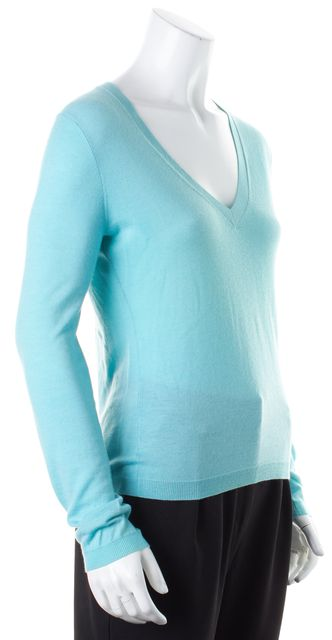 THEORY Light Teal Blue Long Sleeve V-Neck Cashmere Top