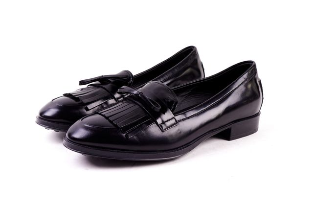 TOD'S Black Leather Tassel Detail Loafers