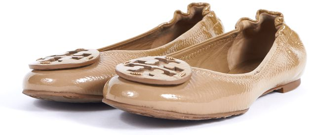 TORY BURCH Beige Patent Leather Logo Ballet Flats